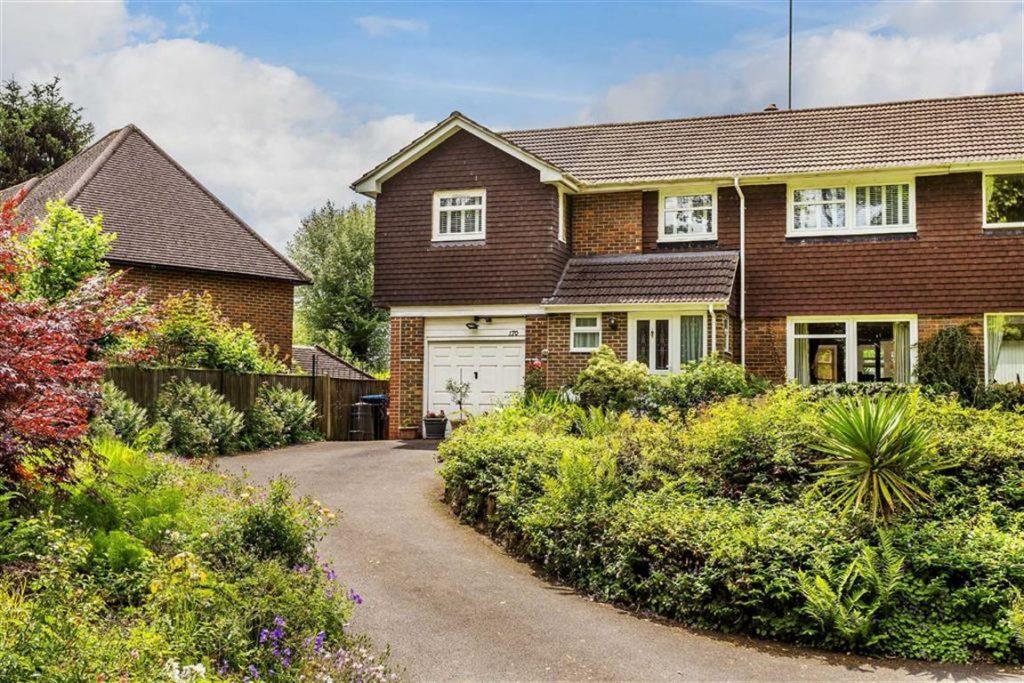 Bluehouse Lane, Limpsfield, Surrey