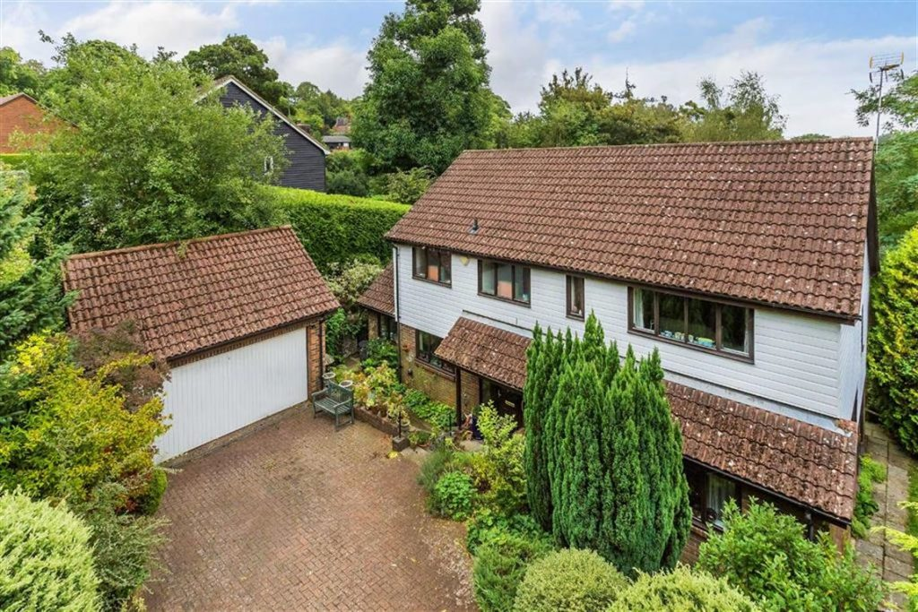 Rockfield Close, Oxted, Surrey