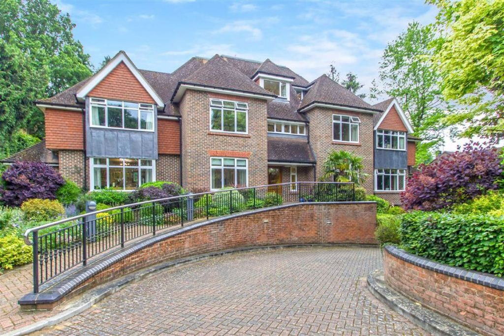 Oakhill Lodge, Oxted, Surrey