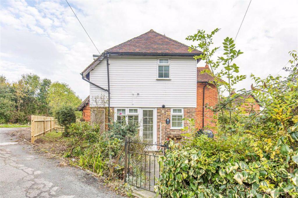 Spout Lane Cottages, Crockham Hill, Kent